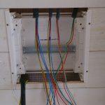 Un tableau electrique par etage